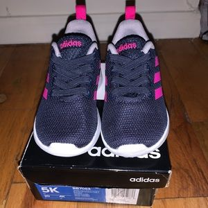 Adidas Toddler Size 5K Sneakers